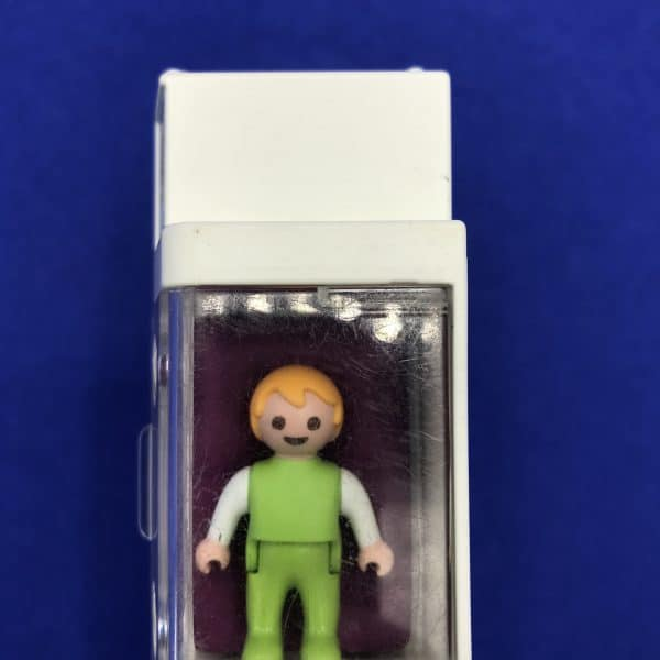 Playmobil-couveuse-baby