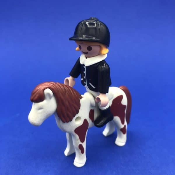 Playmobil-meisje-paard
