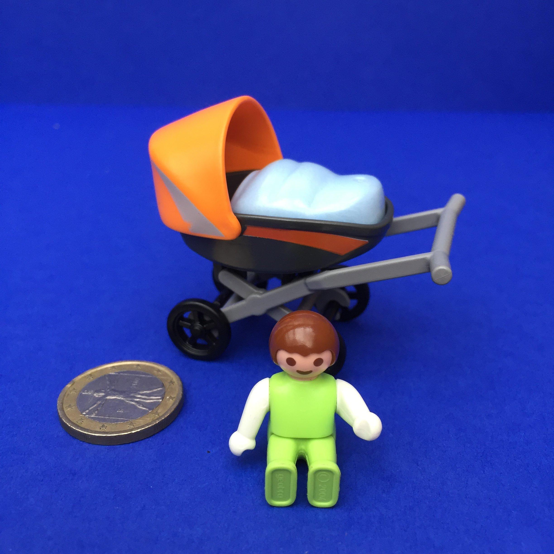 Playmobil-kinderwagen-baby