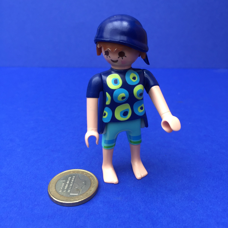 Playmobil-vrouw-pet