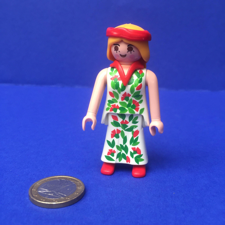 Playmobil-vrouw-jurk