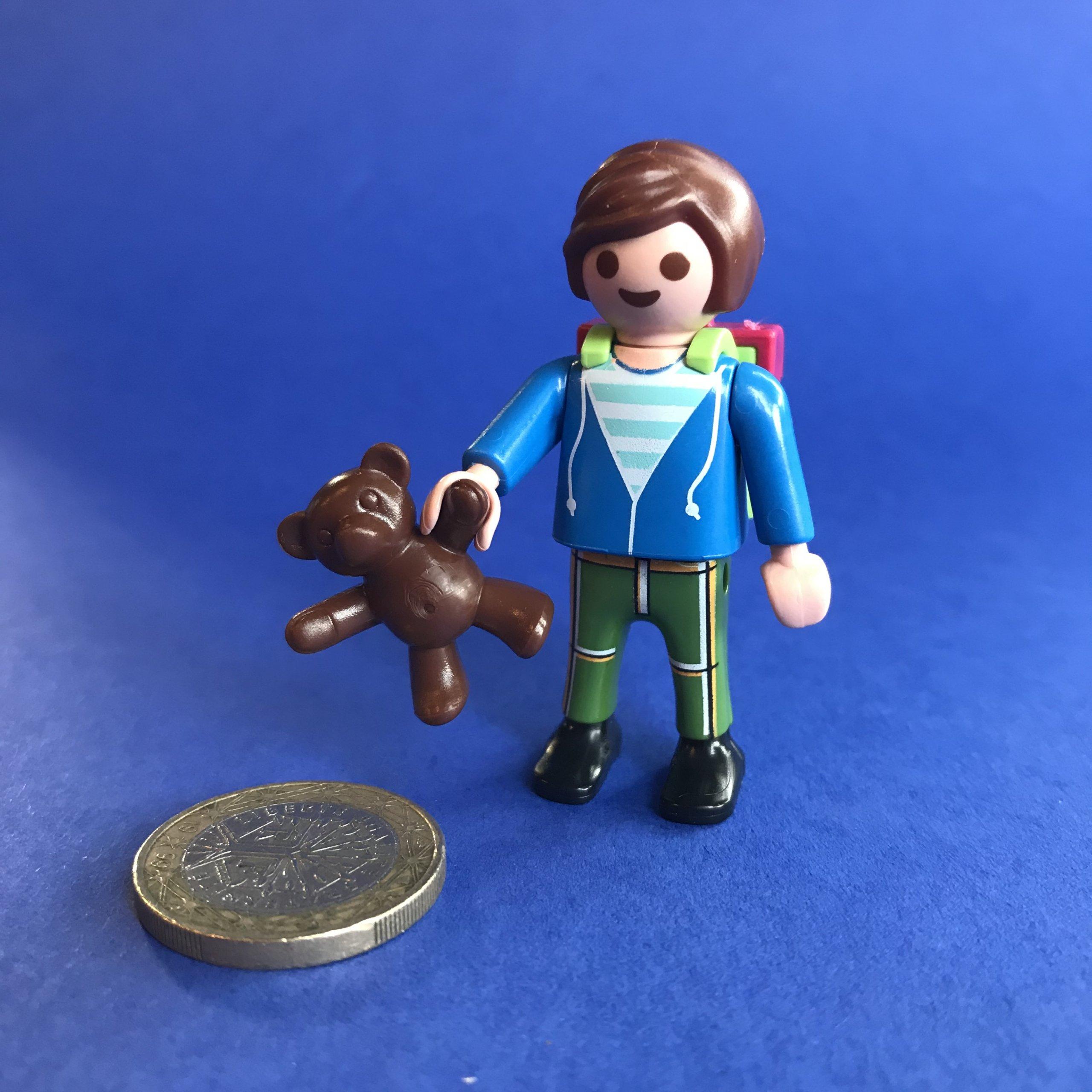 Playmobil-jongetje-rugzak