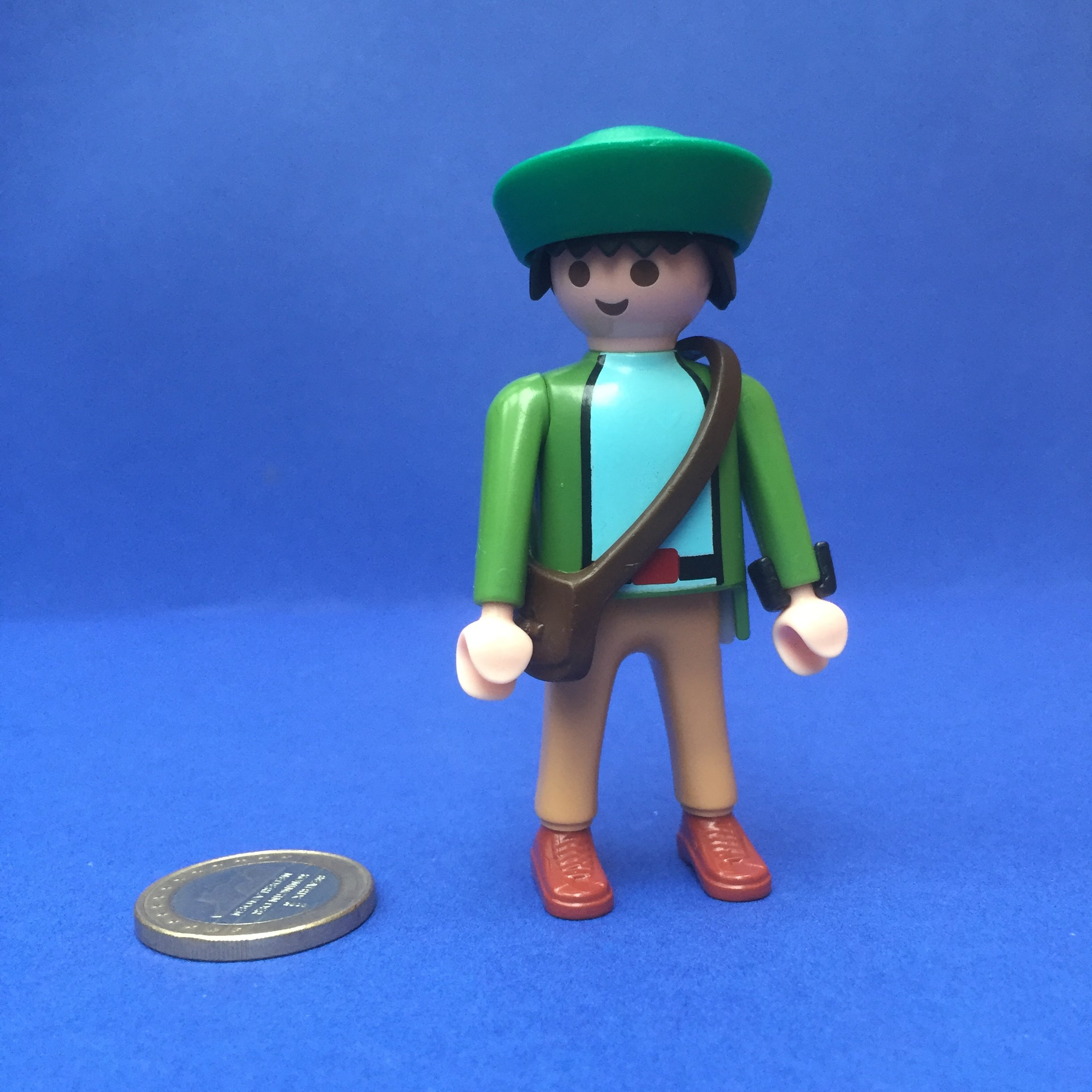 Playmobil-man-pet